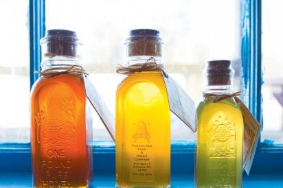 Bottles of honey from Panama Bee Farm