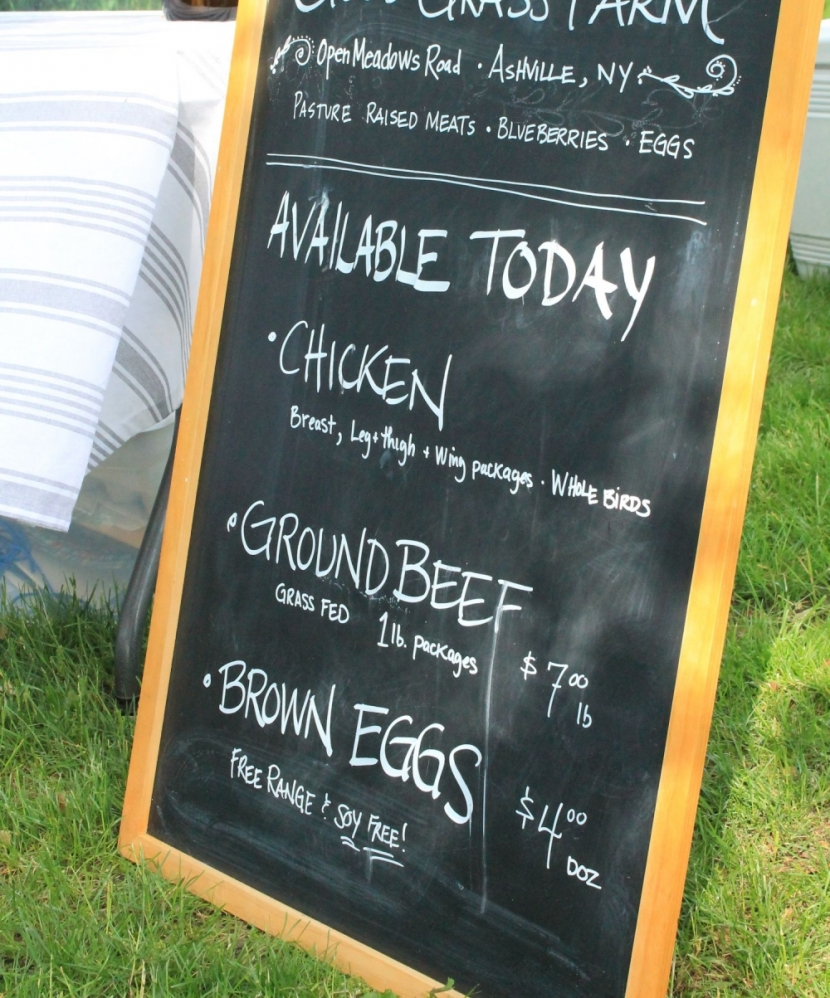 Sign at the Westfield Farmers Market